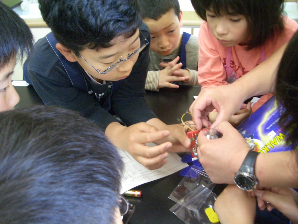 理科教室のイメージ